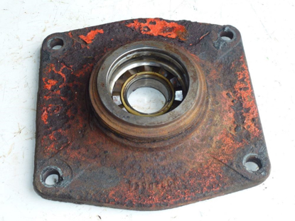 Picture of Disk Housing Cap 5590450N Kuhn FC303GC FC353GC FC352G Disc Mower Conditioner