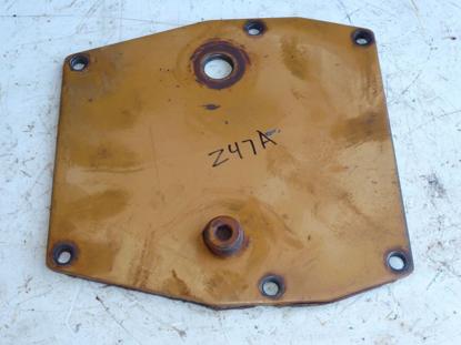 Picture of Gearbox Cover 57372 Woods BW180Q-2 BW126Q-2 BW240Q BB840 1260 Batwing Mower