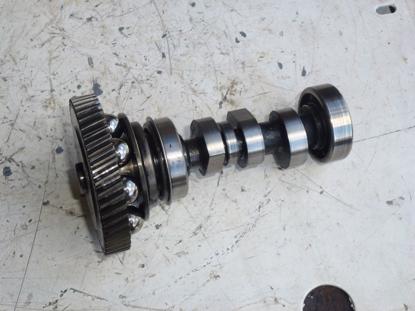 Picture of Fuel Pump Camshaft & Timing Gear Kubota D662 Diesel Engine Jacobsen 1900D Mower