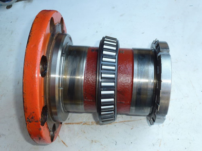 Picture of Girodyne Gearcase Hub Housing 55733300 Kuhn FC303GC Disc Mower Swivel Tongue