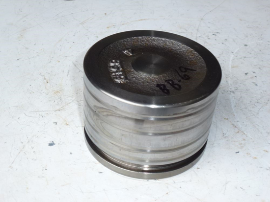 Picture of 3 Point Lift Piston 3A151-82571 Kubota 3A151-82572 3A151-82570