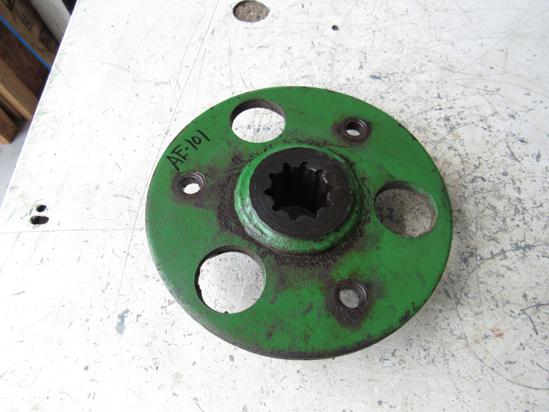 Picture of John Deere AE34483 Pulley Hub 1207 1209 1217 1219 Sickle-Bine Mower Conditioner