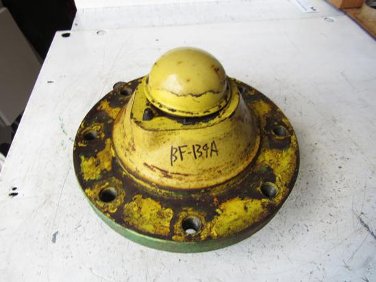 Picture of John Deere R49841 Hub