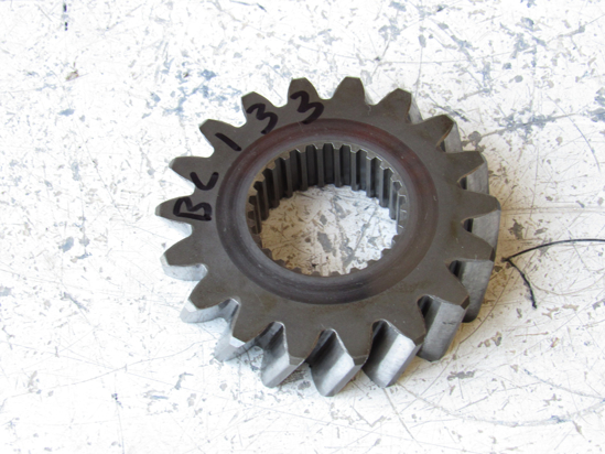 Picture of Kubota 32530-21530 Gear 18T