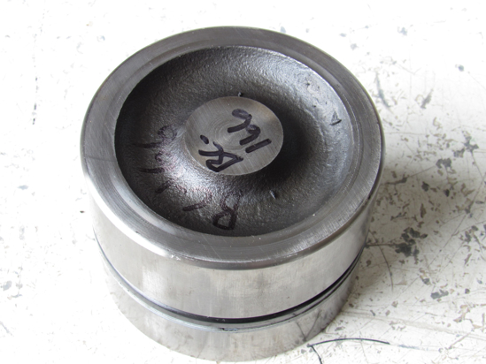 Picture of Kubota 32530-37310 Rockshaft Hydraulic 3 Point Piston