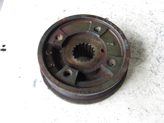 Picture of Kubota 17381-74280 Crankshaft Fan Drive Pulley & Damper 17385-74280 15601-23780
