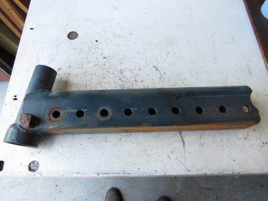 Picture of Kubota 32520-13120 RH Right Front Axle Knee Extension