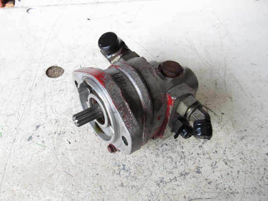 Picture of Toro 58-5650 Hydraulic Gear Pump 4500D Reelmaster Mower Eaton 25331 RAA K951116MM