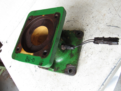 Picture of John Deere E89966 Adapter Fitting Housing 500R 990 994 995 Platform Moco