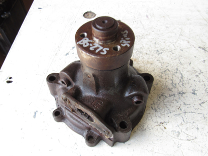 Picture of Allis Chalmers 72089636 72089568 72089526 72089603 Water Pump FOR PARTS to Tractor Agco AC Fiat