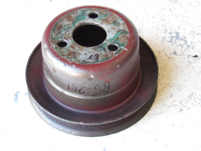 Picture of Allis Chalmers 72089641 Water Pump Pulley to Tractor Agco AC Fiat