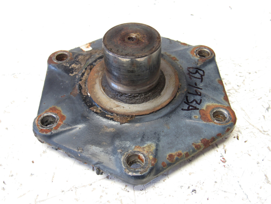 Picture of Massey Ferguson 3704992M1 Front 4WD Axle Bearing Cover Cap 1160 Tractor
