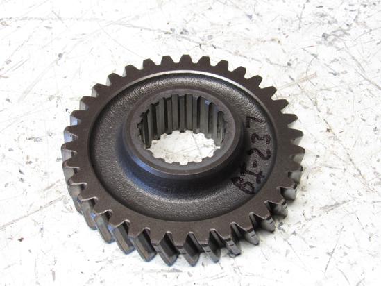 Picture of Massey Ferguson 3705763M1 Gear 34T 1160 Tractor