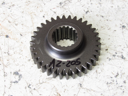 Picture of Kubota 31391-37810 Hydraulic Pump Drive Gear 34T
