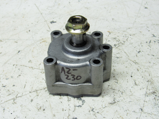 Picture of Kubota 15471-35010 Oil Pump Assy