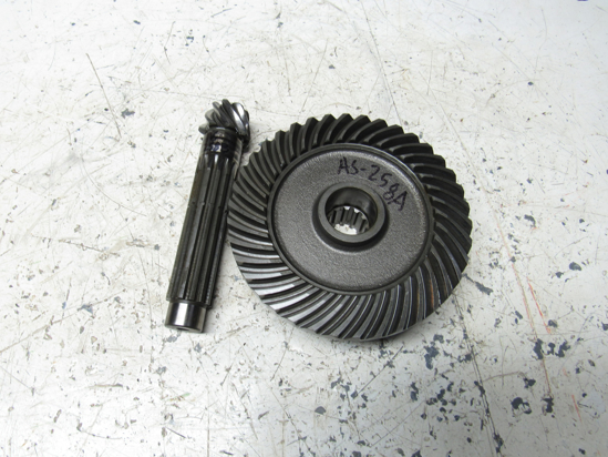 Picture of Massey Ferguson 4265009M91 Differential Ring & Pinion Gear Set