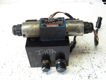 Picture of Jacobsen 4195041 Hydraulic Mow Valve LF550 LF570 LF3800 LF3400 LF3407 Mower