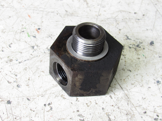 Picture of Remote Oil Drain Bolt Fitting for John Deere Pan R62008