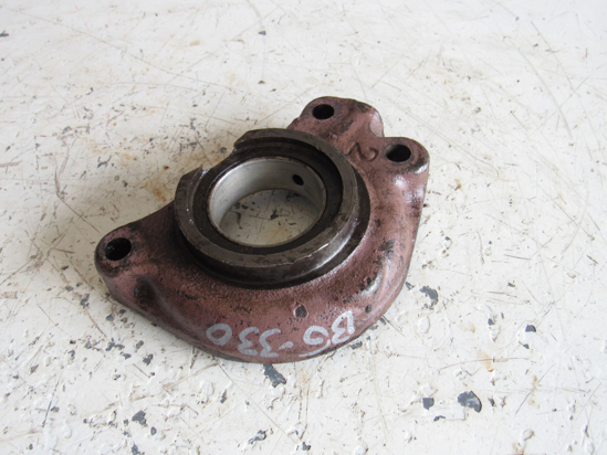 Picture of Allis Chalmers 72089534 Hydraulic Pump Gear Support Bearing Housing AC Fiat