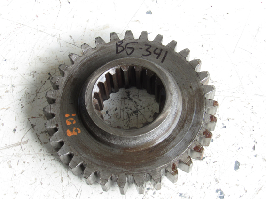 Picture of Allis Chalmers 72091047 Driving Gear 16MM tooth width AC Fiat