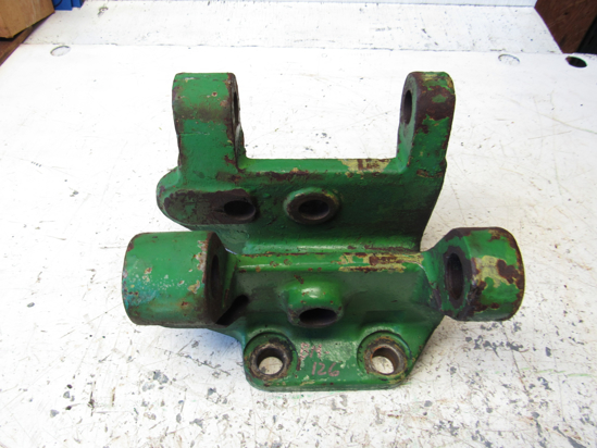 Picture of John Deere AT32199 Hitch Bracket AT29589