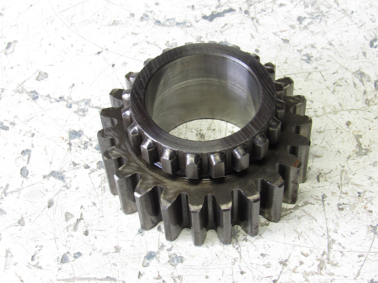 Picture of Kubota 35260-23220 Gear 23T
