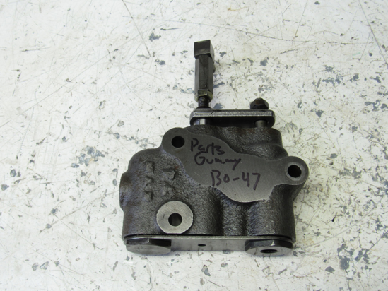 Picture of Kubota 38240-39140 Hydraulic 3 Point Control Valve PARTS/REBUILD