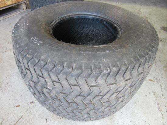 Picture of Carlisle Ultra Trac 26.5x14.00-12 Tire