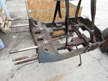 Picture of Kubota 33860-21714 Front Axle Support Frame Bracket Cast
