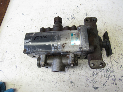 Picture of Kubota 33980-82202 Hydraulic Pump 33980-82200 33980-82203