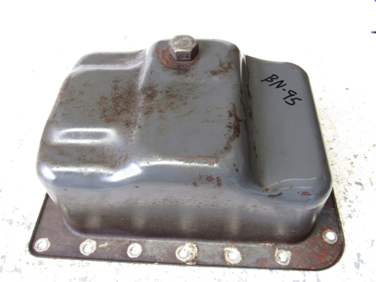 Picture of Kubota 6C090-58920 Oil Pan D722 Engine 6C090-58924
