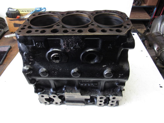 Picture of John Deere AM880950 Cylinder Block Crankcase Yanmar 3TNE82A