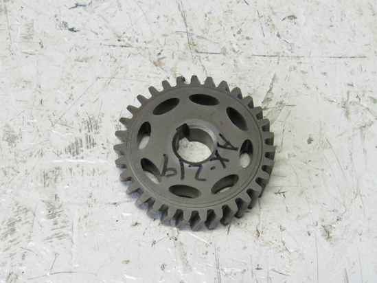 Picture of Kubota 1G687-35662 Oil Pump Drive Gear off 2017 D902 engine 1G687-35660
