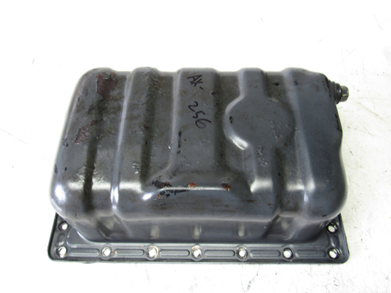 Picture of Kubota 1G069-01500 Oil Pan off D1105-E
