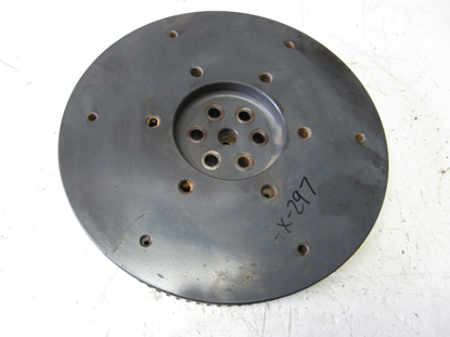 Picture of Kubota 1G700-25010 Flywheel w/ Ring Gear to certain D1305-E engine