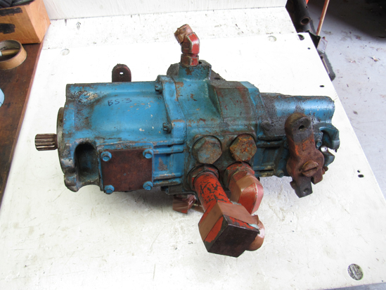 Picture of Ditch Witch 158-360 Hydraulic Hydrostatic Piston Pump off 3500DD Trencher