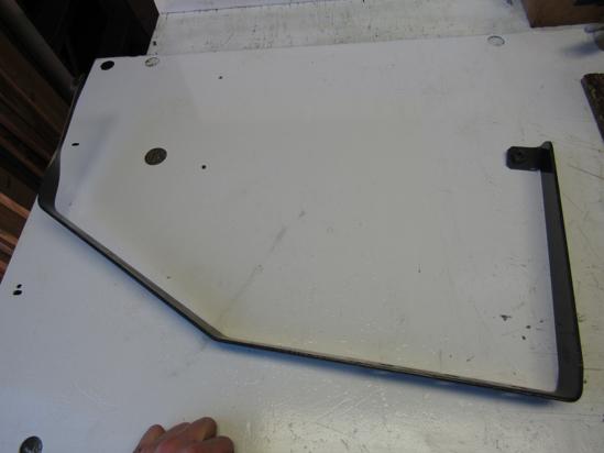 Picture of Unused Old Stock Volvo 20489176 RH Right Splash Shield Support Bracket
