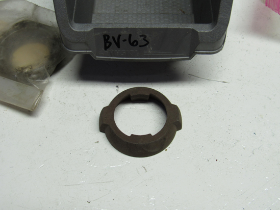 Picture of Unused Old Stock Mack 6877-34Q7 Spicer 2104-34Q7 Inner Ring