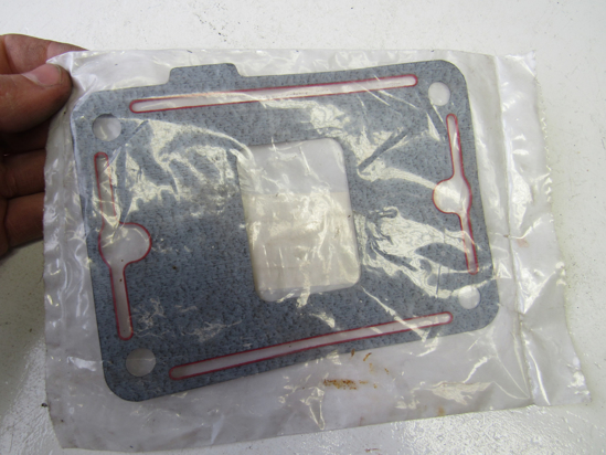 Picture of Unused Old Stock Mack 3088-4305452 Gasket