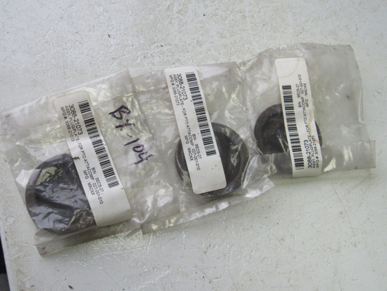 Picture of 3) Unused Old Stock Mack 3088-21073 Plugs