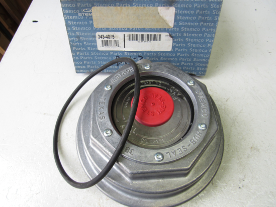 Picture of Unused Old Stock Genuine Stemco 343-4075 Hub Cap