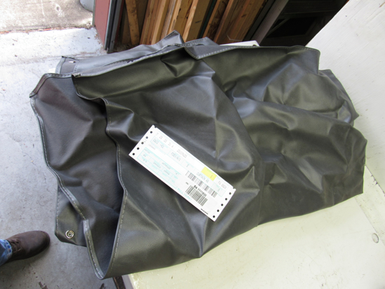 Picture of Unused Old Stock Mack 25109625 Curtain