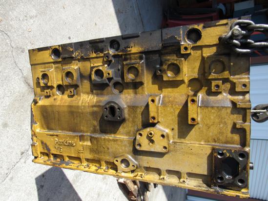 Picture of Cat Caterpiller 6I-4280 6I-4279 Cylinder Block Crankcase 3056 Industrial Engine 1ML 6I-2222 6I4280 6I5279