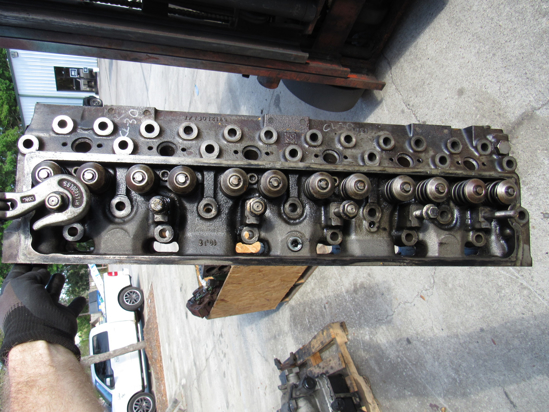 Picture of Cat Caterpiller 6I-4342 Cylinder Head w/ Valves 3056 Industrial Engine 1ML 6I4342