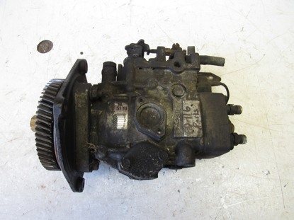 Picture of Injection Pump FOR PARTS off 2002 Isuzu D201 ThermoKing Diesel Engine