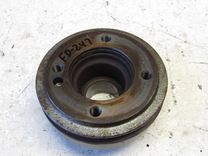 Picture of Crankshaft Pulley off Yanmar 4TNE86-ETK Thermo King TK486E