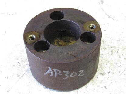 Picture of Toro 104-1723 Front Crankshaft Pulley Drive Adapter 3280D Kubota D1105
